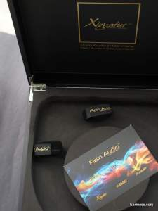 Luxury Packaging, you can tell that Xignature is quite high end from the packaging along.